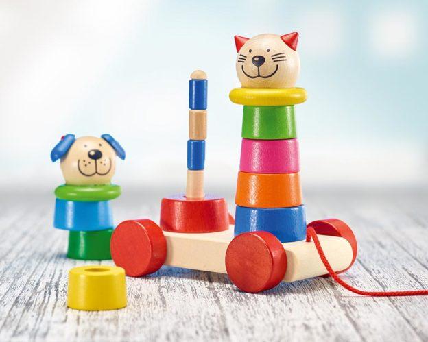 Holz buntes Steckpyramiden-Set zum Nachziehen als Katze und Hund