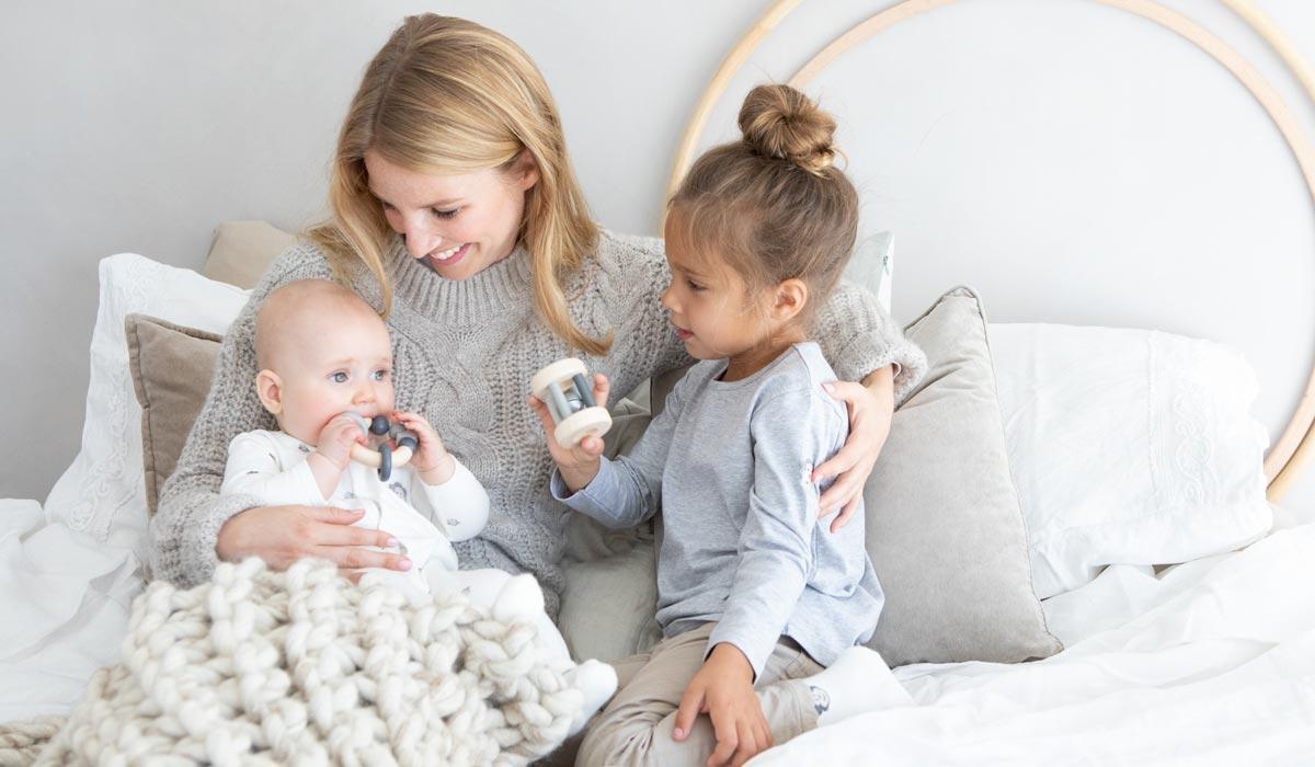 holzspielzeug f r babys kleinkinder sicher. Black Bedroom Furniture Sets. Home Design Ideas