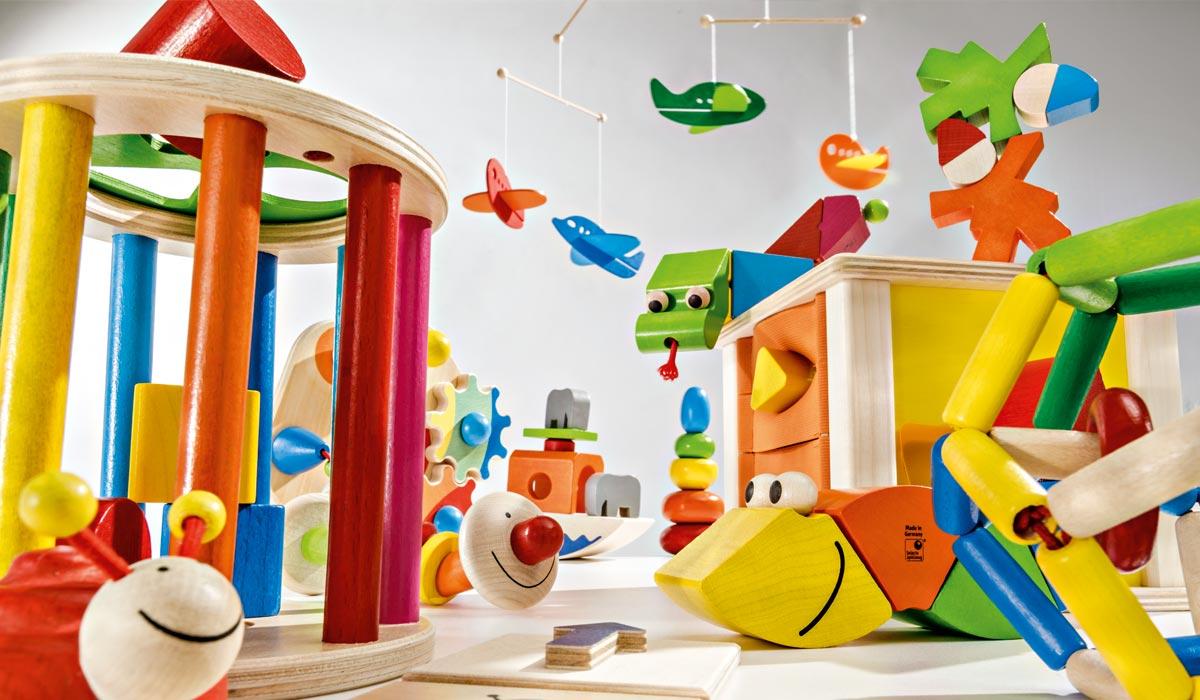 Accessoires Kinderzimmer aus Holz, Garderobe, Mobiles, Buchstaben ...