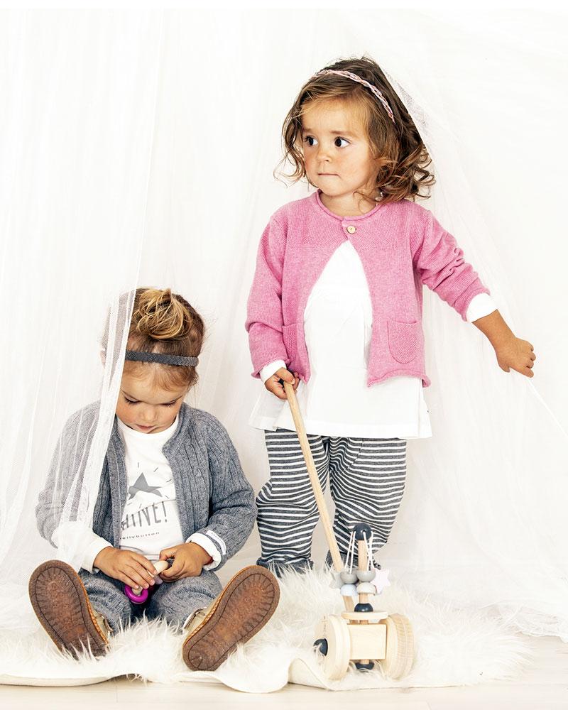 Kinder mit Bellybutton Sternchenkarussell von Selecta