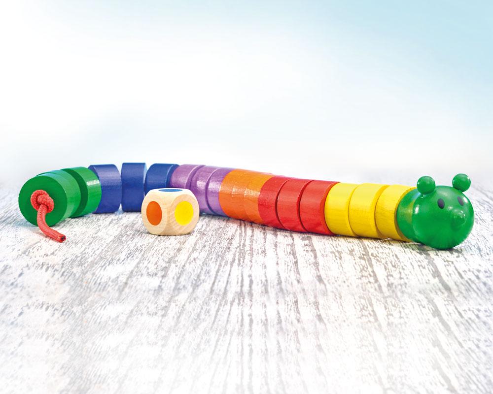 Fädelraupe Holzspielzeug von Selecta