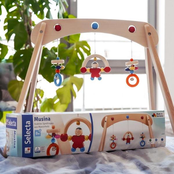 spielend lernen mit Holzspielzeug Musina Spieltrapez von Selecta®