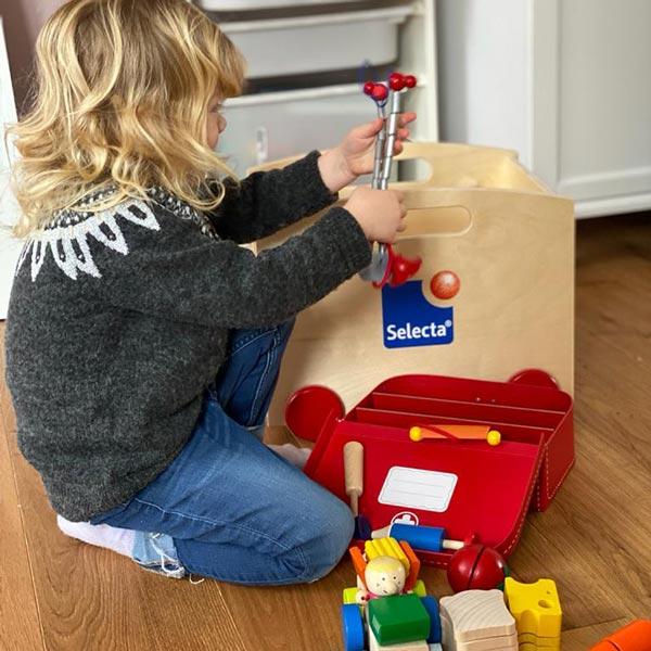 spielend lernen mit Holzspielzeug von Selecta®