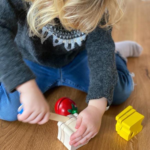 spielend lernen mit Holzspielzeug Picknick Set von Selecta®