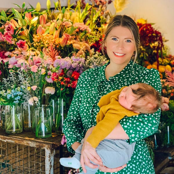 Janina @oh_wunderbar mit Baby