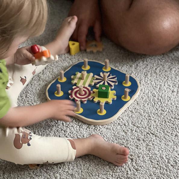 Unser Baby wird groß – Lieblinge aus Holz zur Förderung von Logik und Motorik von Selecta – Selecta Sories franzisaidwhat