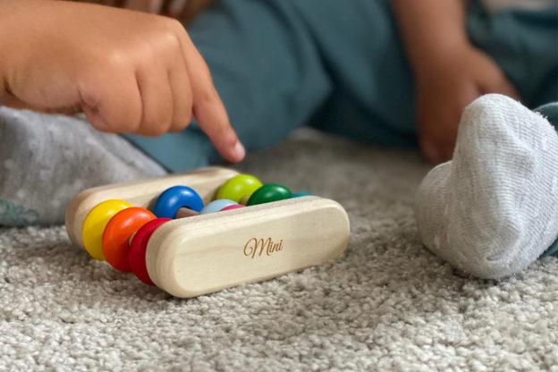 Unser Baby wird groß – Lieblinge aus Holz zur Förderung von Logik und Motorik von Selecta – Selecta Sories franzisaidwhat Titel