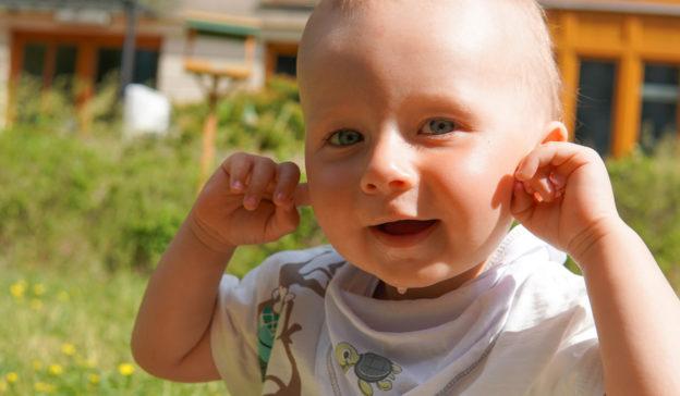 Spielzeug mit Geräuschen für Babys Ratgeber: Worauf sollte man achten?